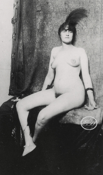 Courtesan Model c1922